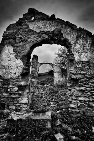 Ruina 002