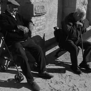 Viejos al sol